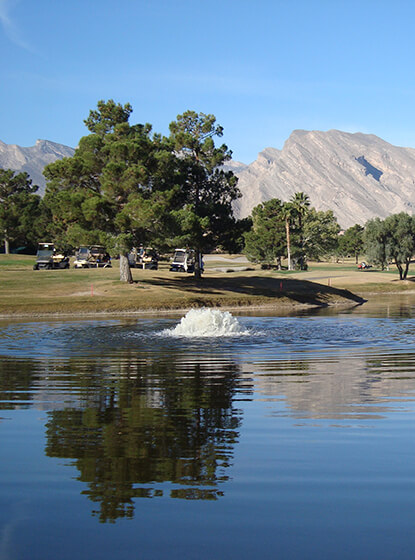 An Otterbine Aerating Fountain at a golf course