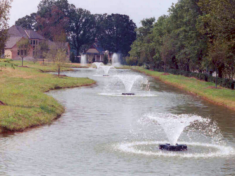 Otterbine's Phoenix Aerating Fountains in the Chatelaine Community