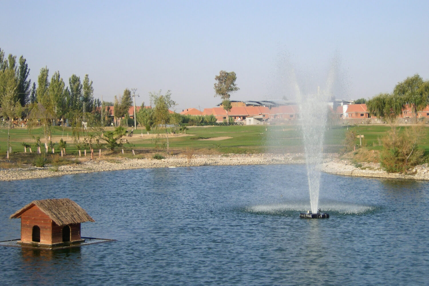 One of Otterbine's Rocket Aerating Geyser Fountains at a resort