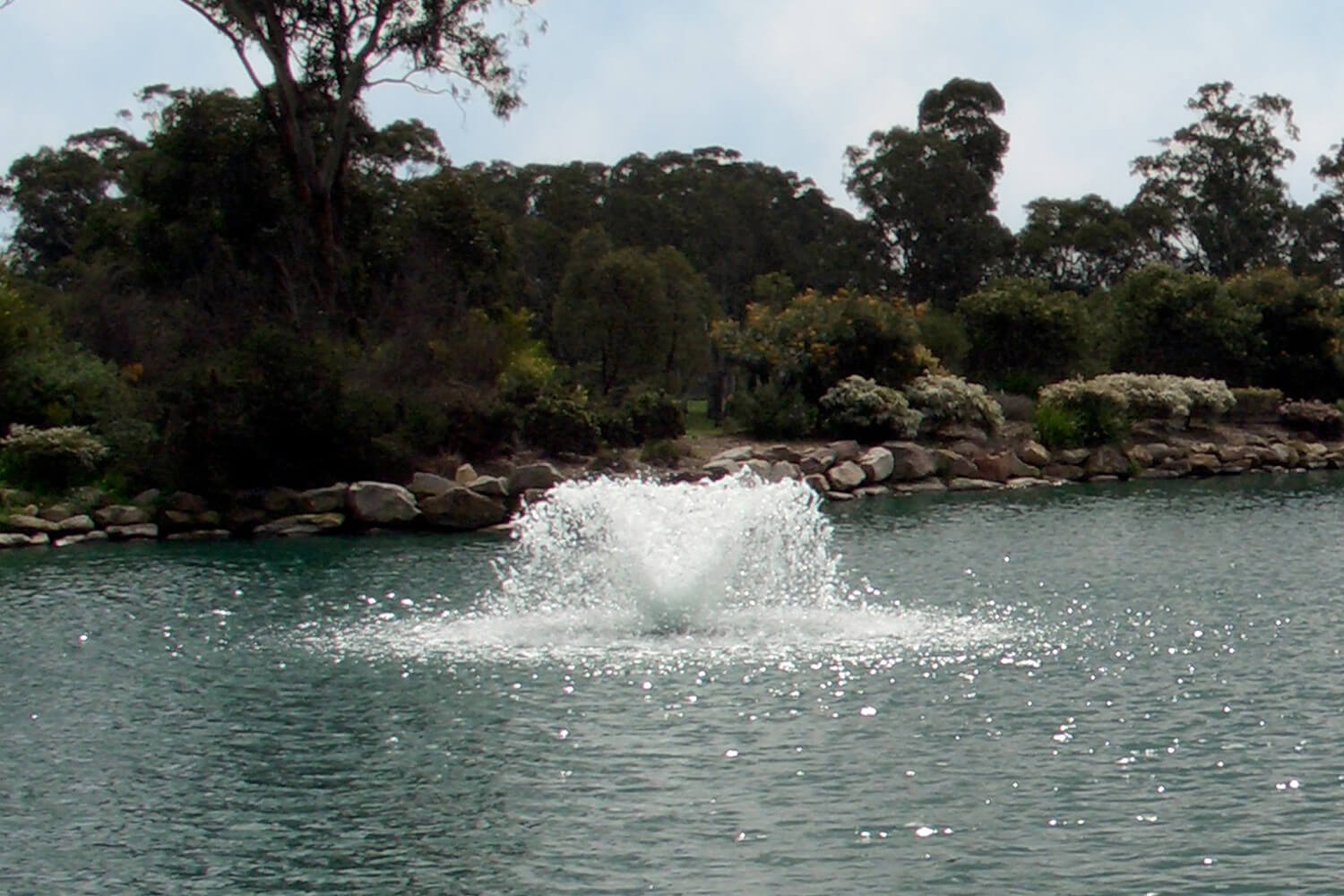 One of Otterbine's Saturn Low-Profile Spray Aerating Fountains