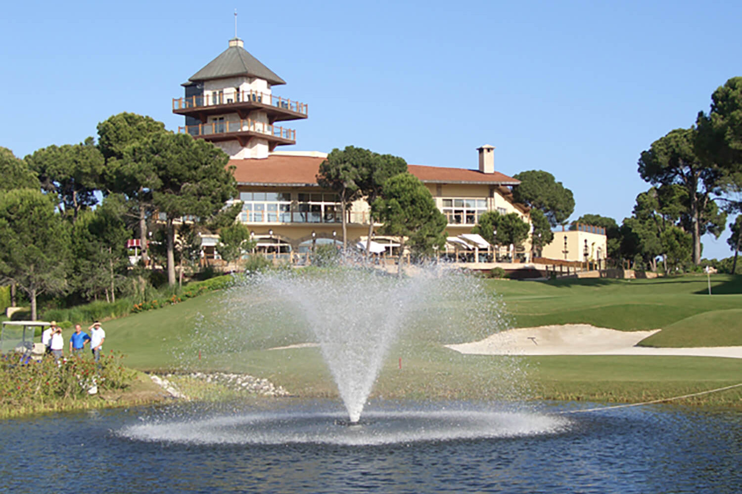 One of Otterbine's Aerating Fountains at a golf course