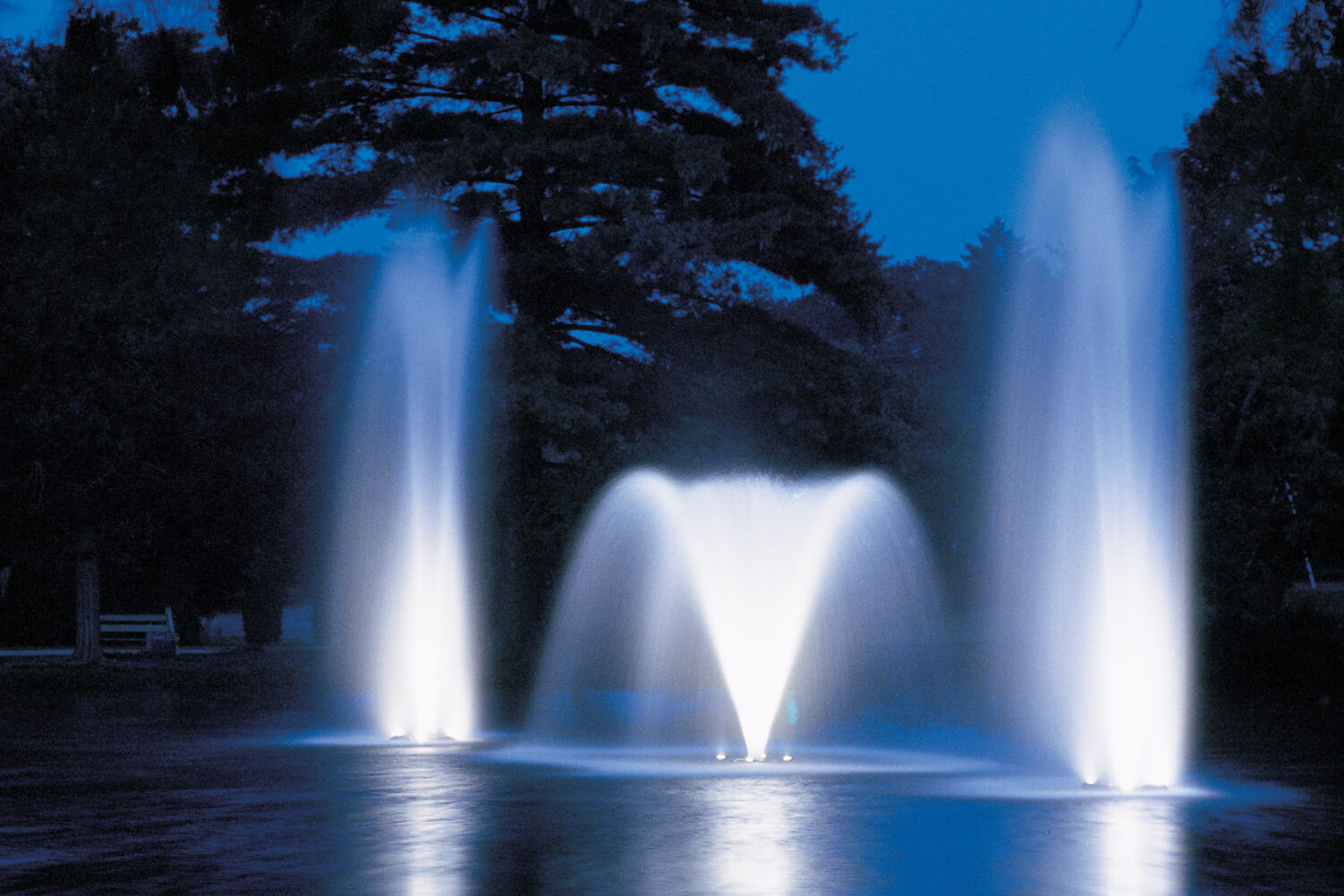 Fountain Glo Low Voltage Led Fountain Lights Otterbine